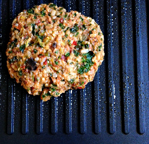 Black-Eyed Pea & Brown Rice Burger